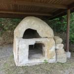 白石の石棺2