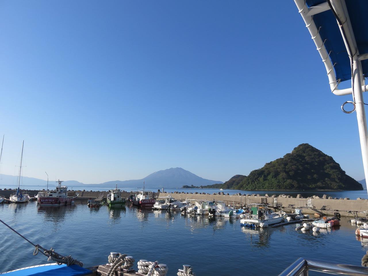 神造島と桜島